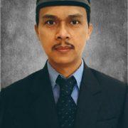 Dr. Nur Kholis, SEI., M.Sh.Ec.